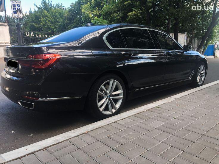 BMW 7 серия 2015 - фото 2
