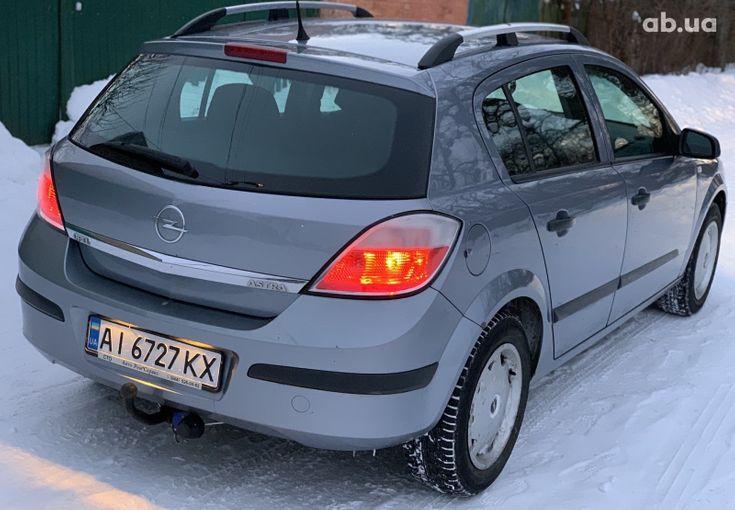 Opel Astra 2006 - фото 10