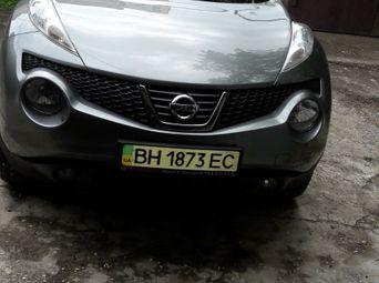 Автомобиль бензин Ниссан Juke 2011 года б/у - купить на Автобазаре