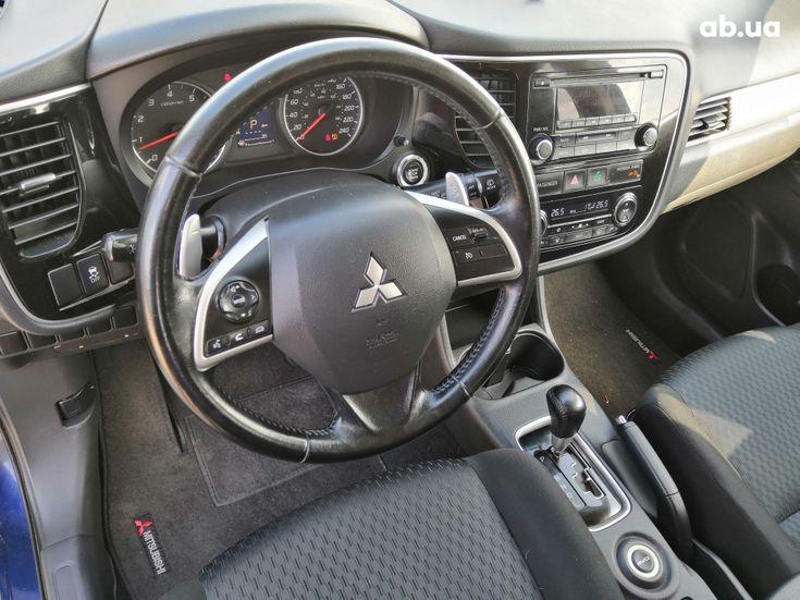 Mitsubishi Outlander 2014 синий - фото 16