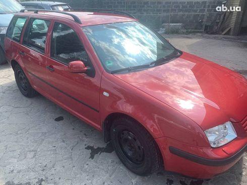 Volkswagen Bora 2004 красный - фото 1