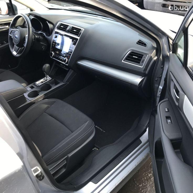Subaru Legacy 2019 серебристый - фото 10