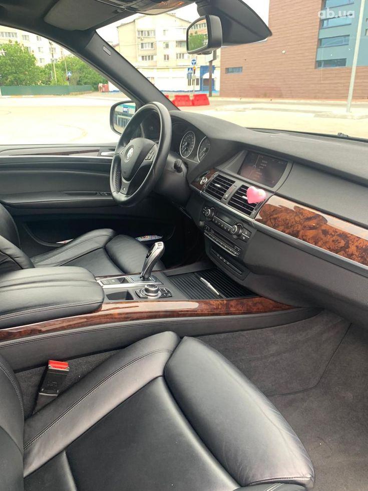 BMW X5 2011 - фото 19