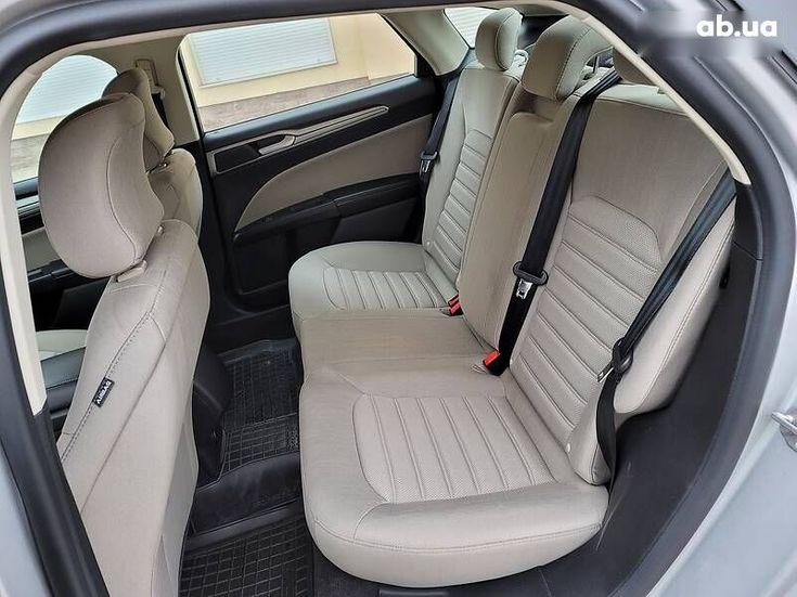 Ford Fusion 2019 серый - фото 9