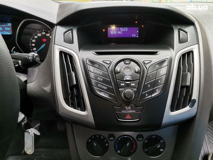 Ford Focus 2011 черный - фото 12