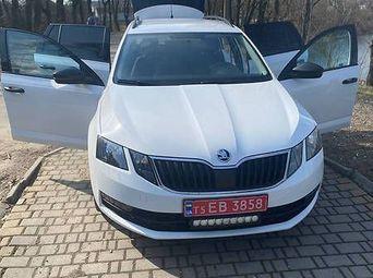 Продажа б/у Skoda Octavia 2017 года - купить на Автобазаре