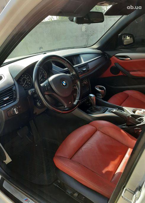 BMW X1 2013 белый - фото 15