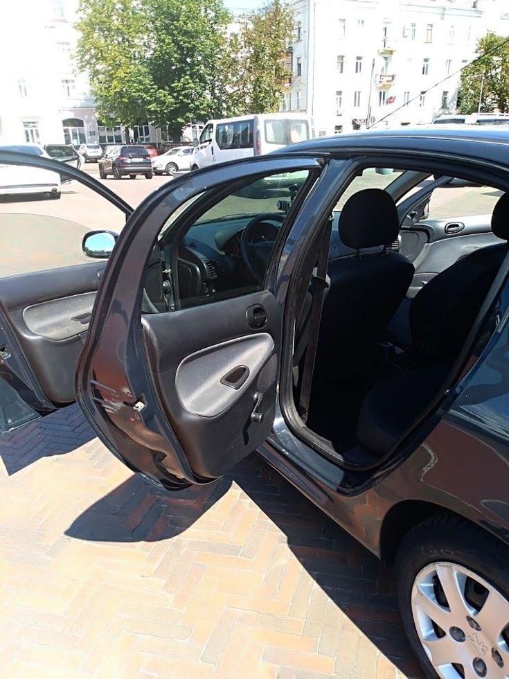 Peugeot 206 2009 серый - фото 6