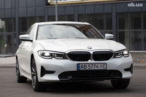 BMW 3 серия 2019 белый - фото 7