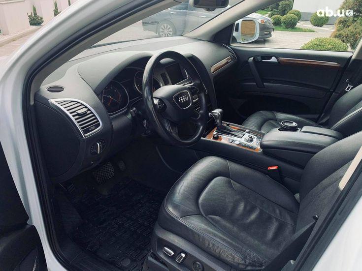 Audi Q7 2013 белый - фото 18
