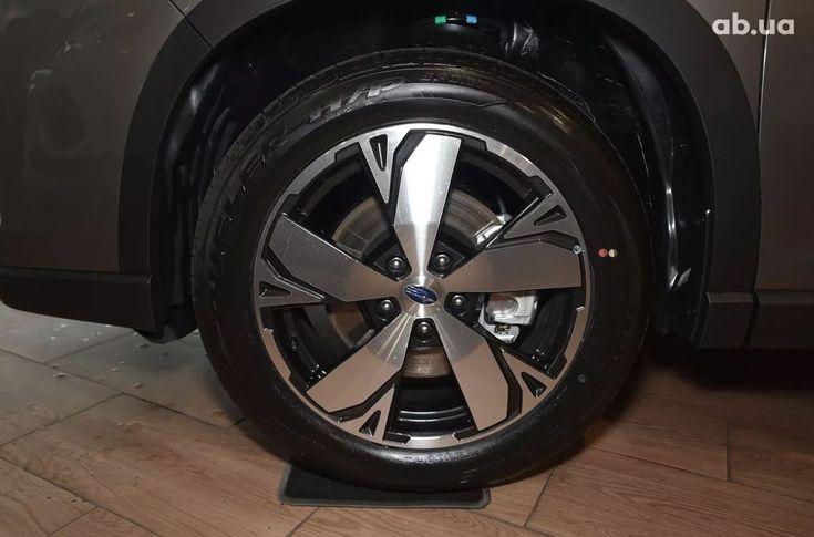 Subaru Forester 2020 - фото 8