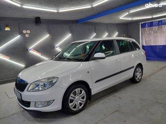 Продажа б/у Skoda Fabia Механика 2012 года - купить на Автобазаре