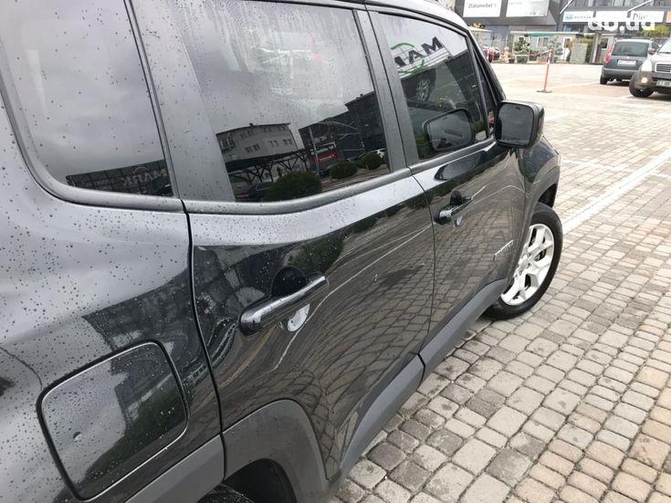 Jeep Renegade 2018 черный - фото 7