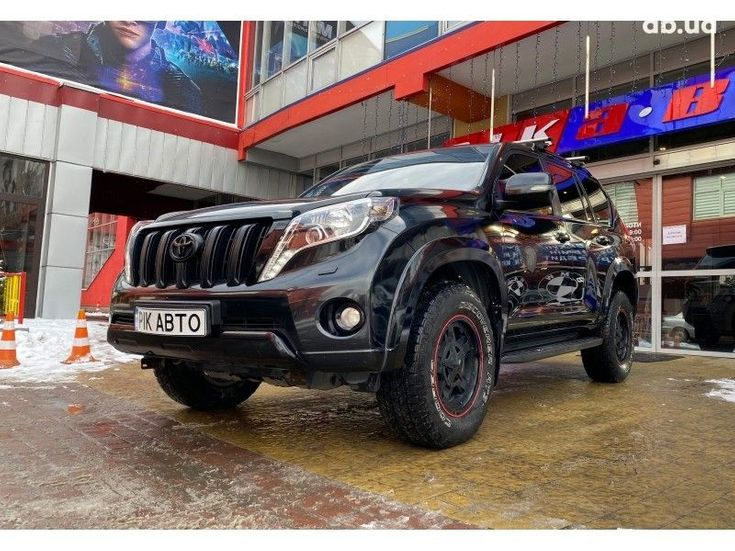 Toyota Land Cruiser Prado 2016 черный - фото 2