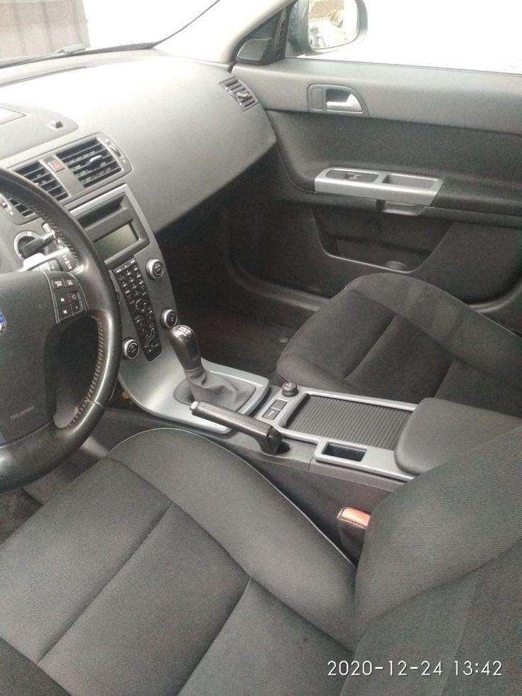 Volvo V50 2009 черный - фото 15