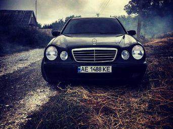 Продажа Mercedes-Benz б/у 2000 года - купить на Автобазаре