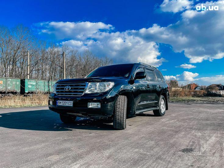 Toyota Land Cruiser 2011 черный - фото 1