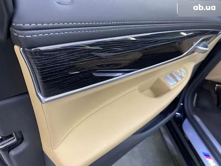 BMW 7 серия 2020 черный - фото 9