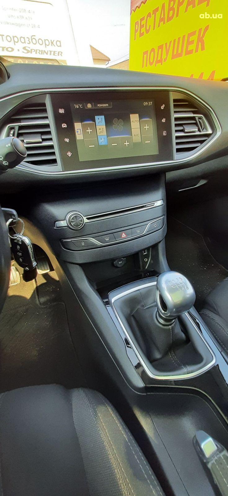 Peugeot 308 2015 синий - фото 14