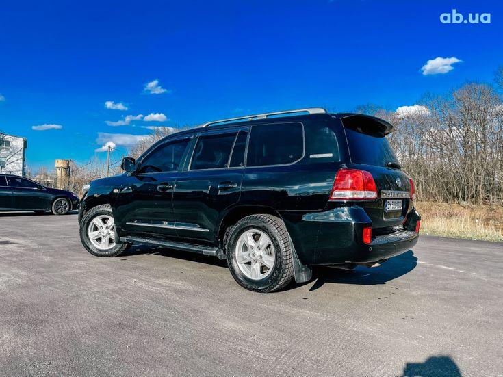 Toyota Land Cruiser 2011 черный - фото 9
