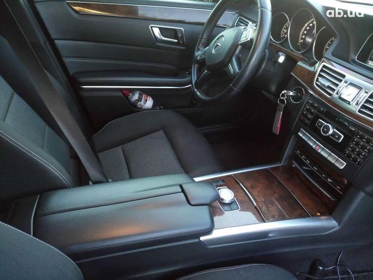 Mercedes-Benz E-Класс 2014 черный - фото 7