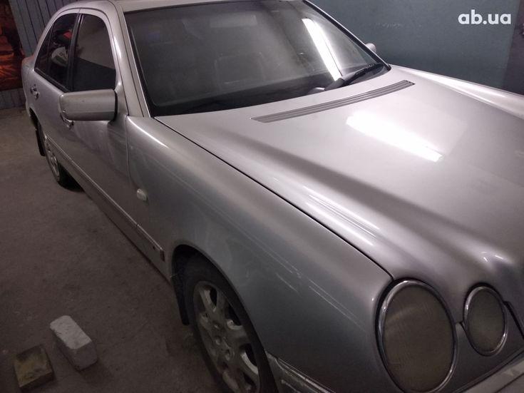 Mercedes-Benz E-Класс 1998 серый - фото 13