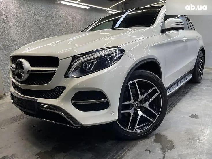 Mercedes-Benz GLE-Класс 2016 - фото 1