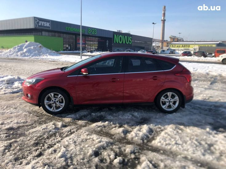 Ford Focus 2012 красный - фото 5