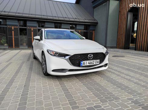 Mazda 3 2019 белый - фото 5