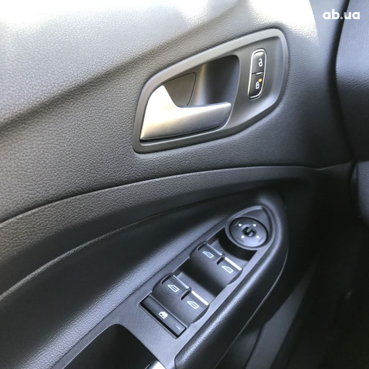 Ford C-Max 2018 черный - фото 5