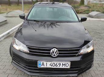 Автомобиль бензин Фольксваген Jetta 2015 года б/у - купить на Автобазаре