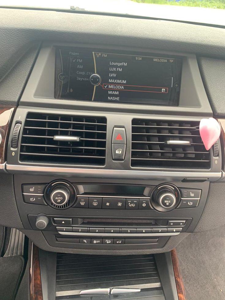 BMW X5 2011 - фото 11
