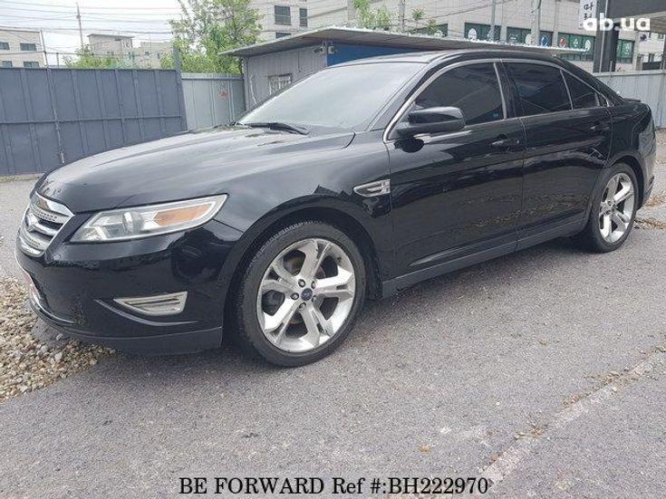 Ford Taurus 2012 черный - фото 2