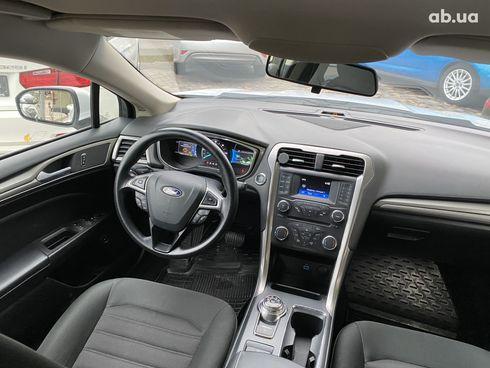 Ford Fusion 2018 белый - фото 2
