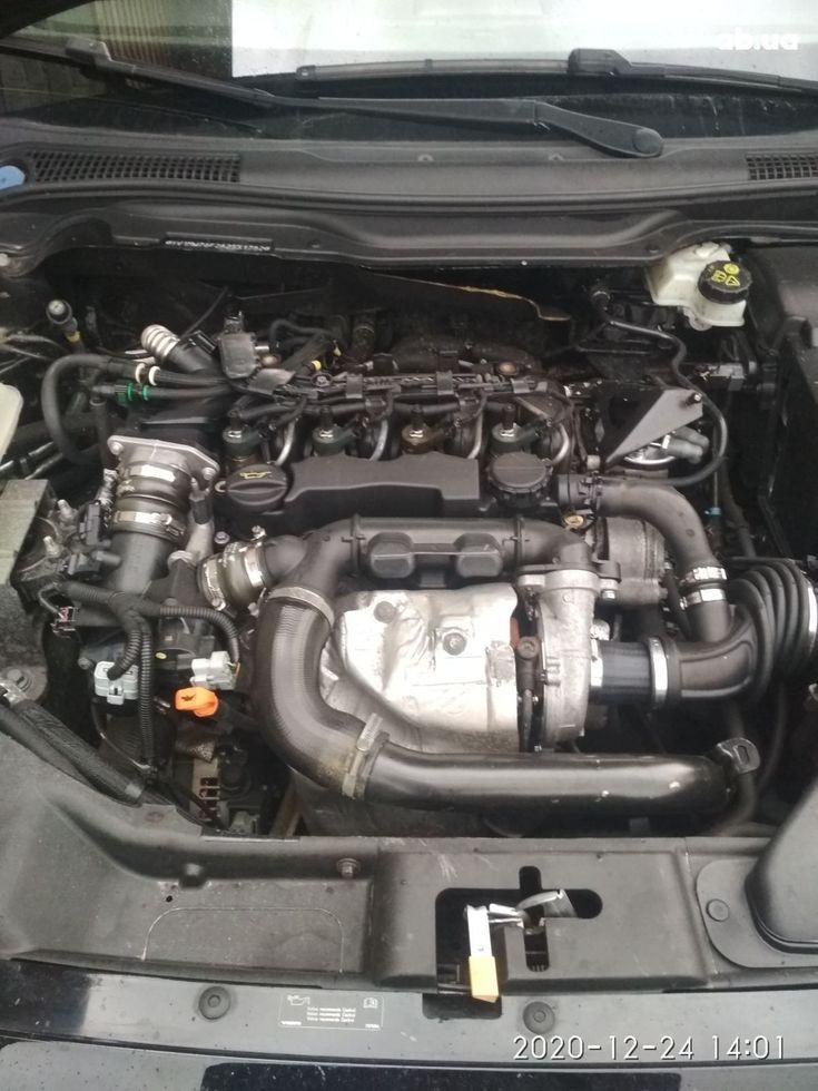 Volvo V50 2009 черный - фото 12