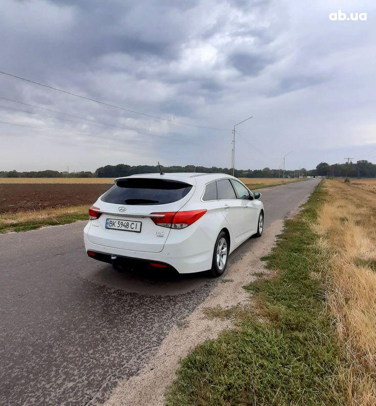 Hyundai i40 2011 - фото 2