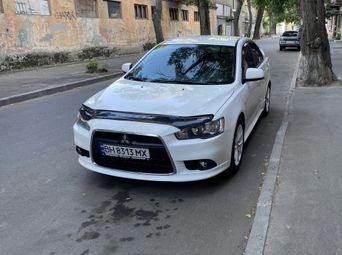 Авто Седан 2013 года б/у в Одессе - купить на Автобазаре