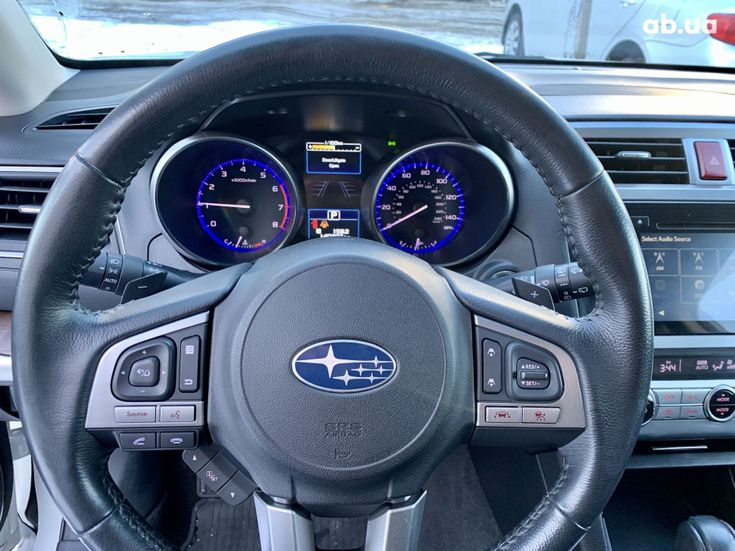 Subaru Outback 2017 белый - фото 15