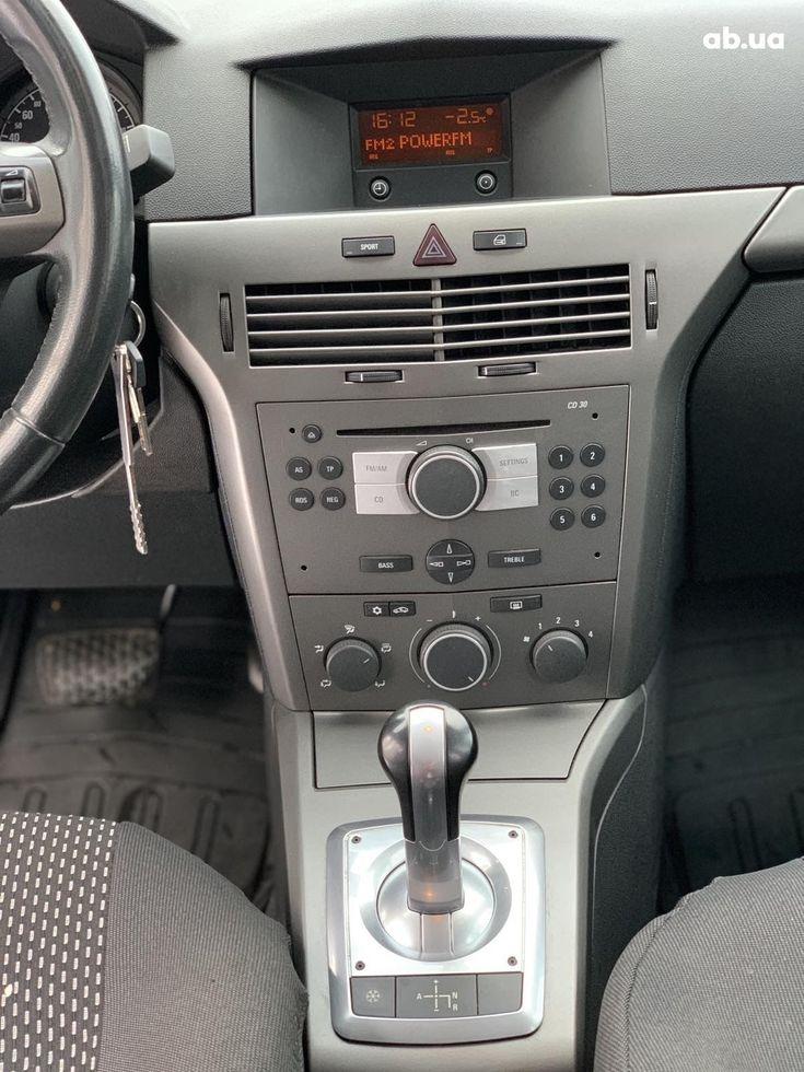 Opel Astra 2006 - фото 9