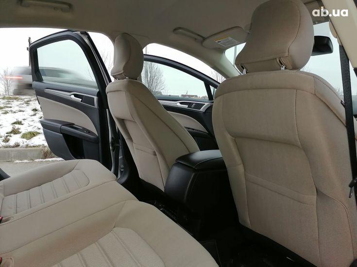 Ford Mondeo 2020 серебристый - фото 6