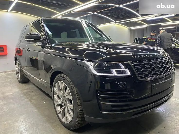 Land Rover Range Rover 2019 черный - фото 2