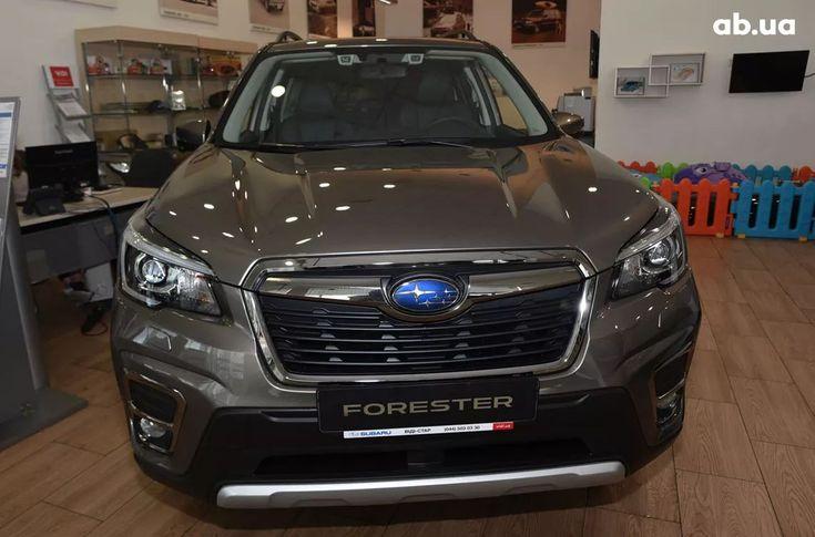 Subaru Forester 2020 - фото 1