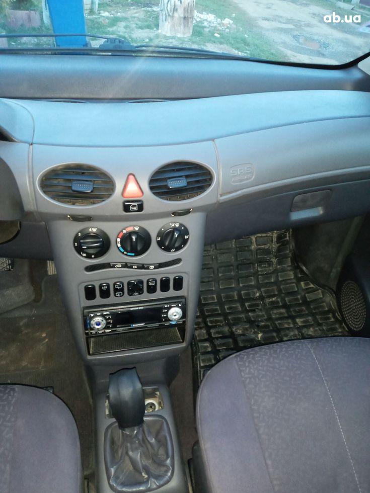 Mercedes-Benz A-Класс 2000 синий - фото 12