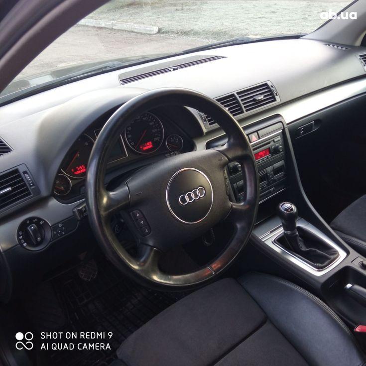 Audi A4 2004 черный - фото 2