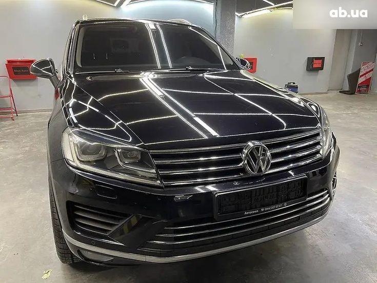 Volkswagen Touareg 2018 черный - фото 8