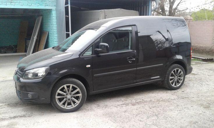 Volkswagen Caddy 2011 черный - фото 5