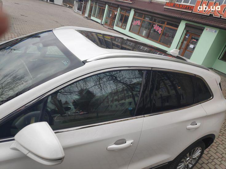 Lincoln MKC 2015 белый - фото 10