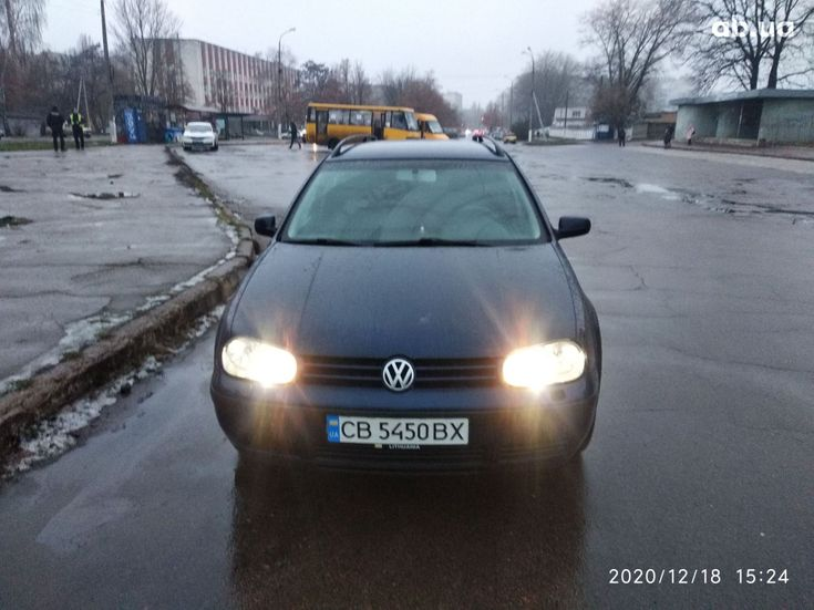Volkswagen Golf 2000 синий - фото 8
