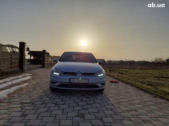 Продажа б/у Volkswagen Golf 2018 года - купить на Автобазаре