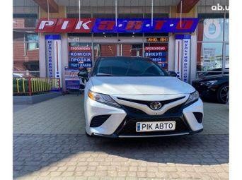 Продажа Toyota б/у 2018 года во Львове - купить на Автобазаре